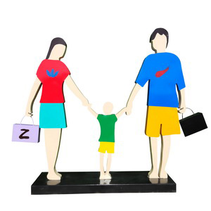 modern family sculptures